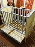 Πωλείται κούνια μωρού(κρεβατάκι),σε πολύ καλή κατάσταση