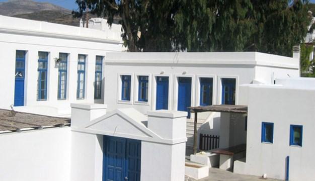 Eλλείψεις σε εκπαιδευτικό προσωπικό στα σχολεία της Αμοργού