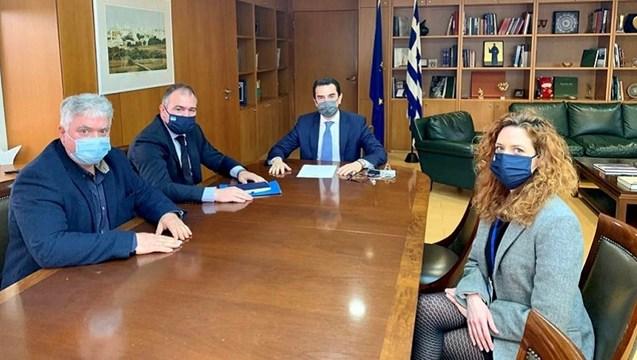 """H ίδρυση Επιτροπής """"one stop shop"""" για την έκδοση αδειών στη Σύρο, τέθηκε από τον Φίλιππο Φόρτωμα στον Υπουργό Περιβάλλοντος"""