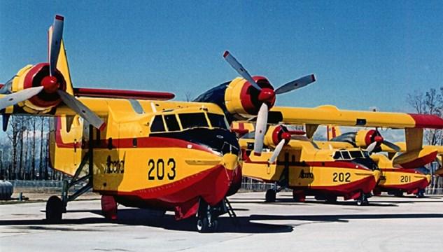 Προμήθεια 15 μικρών αμφίβιων αεροσκαφών για τις καλοκαιρινές φωτιές στα νησιά