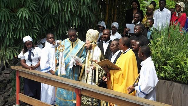 Η κατάδυση του τιμίου Σταυρού στον ποταμό Κονγκό