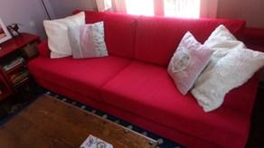 Πωλείται  καναπές neoset 4θέσιος και μια τραπεζαρία ινδικού στυλ