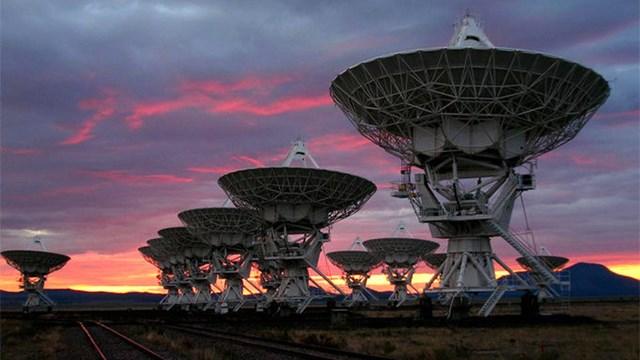 Εξωγήινοι τριακόσια έτη φωτός μακριά: Ξέρουν πως υπάρχει ζωή στη Γη;