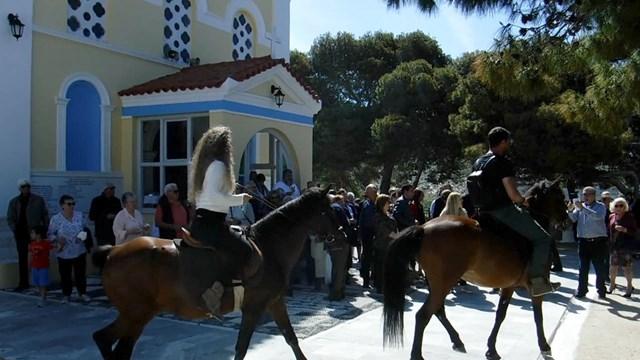 Αναβίωση του εθίμου των καβαλάρηδων στην εορτή του Αγίου Γεωργίου