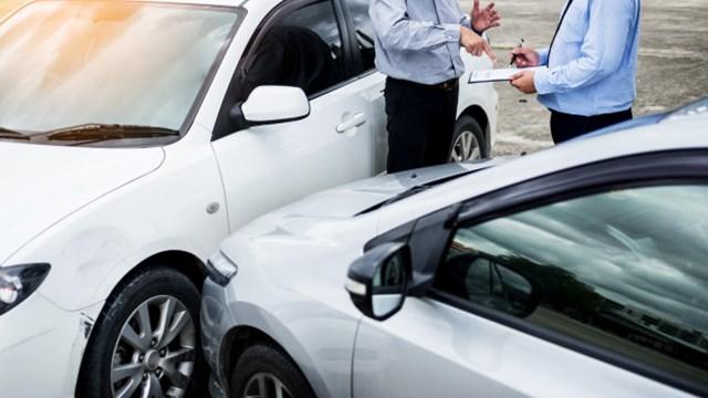 Το πρόβλημα με τα ανασφάλιστα οχήματα και τι πρέπει να προσέχετε