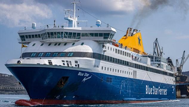 Αλλαγές δρομολογίων και έκτακτες προσεγγίσεις στο λιμάνι της Σύρου