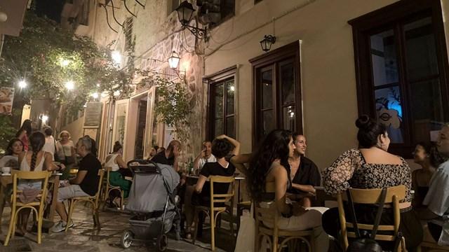 Cantina Analogue, ένα ασυνήθιστο αιγαιοπελαγίτικο bistro άνοιξε στο κέντρο της Ερμούπολης