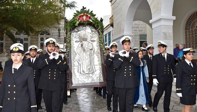 Μεγαλοπρεπής και ο φετινός εορτασμός του πολιούχου της Σύρου, Αγίου Νικολάου