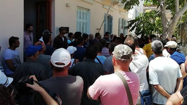 Τα χθεσινά επεισόδια έξω από την Επιθεώρηση Εργασίας, οδηγούνται στα δικαστήρια