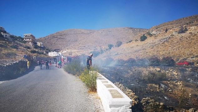 Τέθηκε άμεσα σε έλεγχο η φωτιά στην Άνω Σύρο