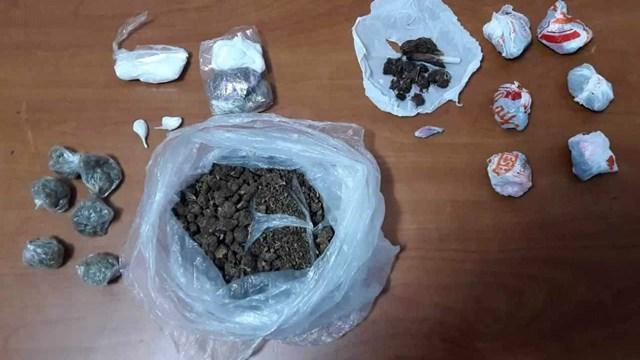 Σύλληψη για κατοχή ναρκωτικών ουσιών