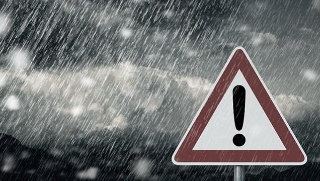 Κακοκαιρία «Μπάλλος»: Ισχυρές καταιγίδες σε όλη την επικράτεια