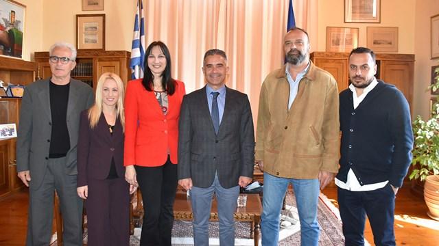 """Έλενα Κουντουρά:""""Η Σύρος παρουσιάζει αύξηση 30% στον τουρισμό"""