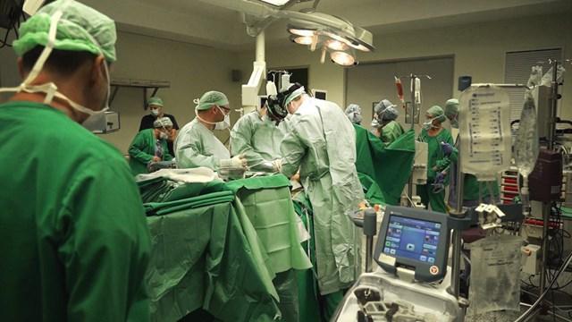 Η πρώτη μεταμόσχευση πνευμόνων πραγματοποιήθηκε με επιτυχία στην Ελλάδα μετά από 10 ολόκληρα χρόνια