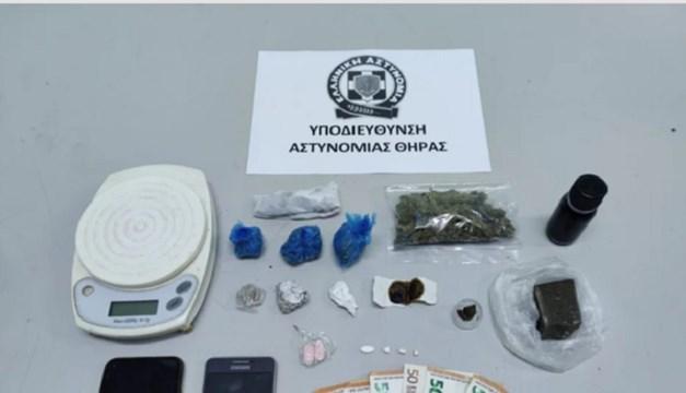 Αλλοδαποί διακινούσαν ναρκωτικά σε Σαντορίνη και Μύκονο