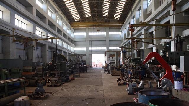 Άμεση επαναλειτουργία του ναυπηγείου της Σύρου