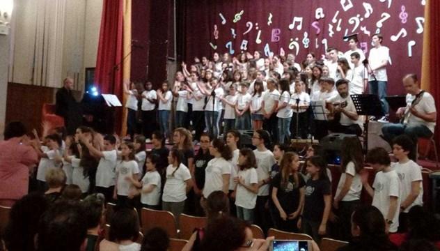 Η Παιδική - Νεανική Χορωδία της Ορχήστρας των Κυκλάδων στην Τήνο