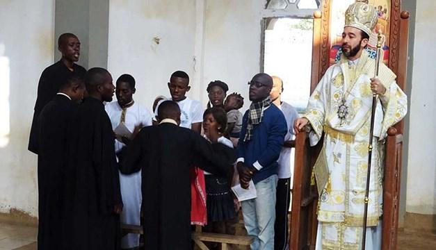 Αρχιερατική θεία λειτουργία στην πόλη NKAYI