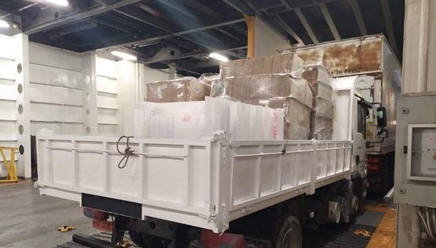 Σημαντικό φορτίο υγειονομικού υλικού από την Περιφέρεια στις υγειονομικές μονάδες των νησιών