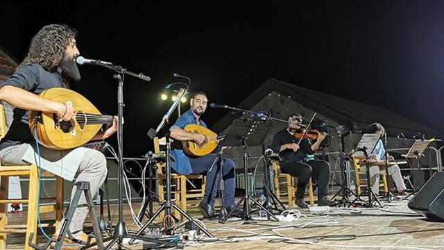 Ολοκληρώθηκε με επιτυχία το Φεστιβάλ Ρεμπέτικου «Η Σύρα του Μάρκου Βαμβακάρη»