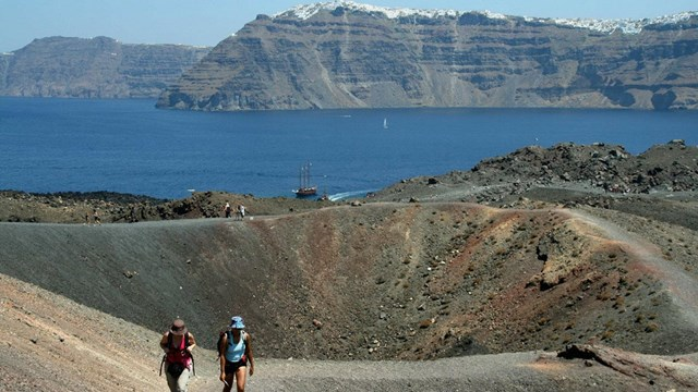 Εκπόνηση σχεδίου της Γ.Γ Προστασίας για το ηφαίστειο της Σαντορίνης
