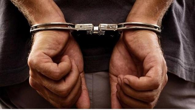 Σύλληψη τριών ατόμων για κατοχή ναρκωτικών