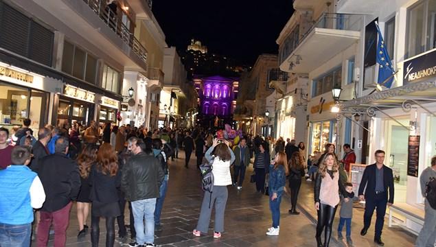 Αύξηση των επισκεπτών κατέγραψε η Σύρος