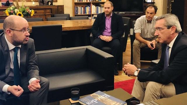 """Γ. Χατζημάρκος: """" Ο στόχος μας είναι ν' ανοίξουμε νέες ευκαιρίες για τα νησιά μας"""""""