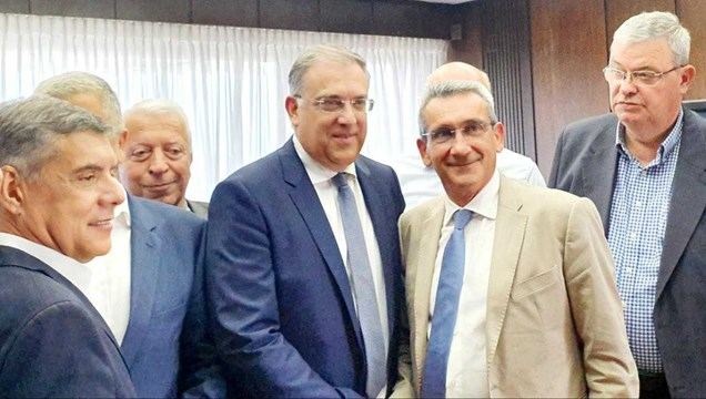 Συνάντηση Γιώργου Χατζημάρκου με τον νέο υπουργό Εσωτερικών