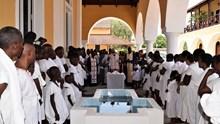 Βαπτίσεις εβδομήντα δύο κατηχουμένων στην Pointe-Noire