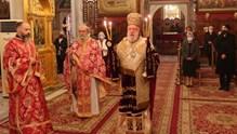 Ο εορτασμός των Χριστουγέννων στους Ιερούς Ναούς της Σύρου