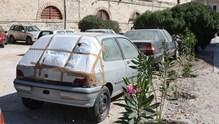 Καταγραφή και απομάκρυνση των εγκαταλελειμμένων οχημάτων