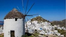 Ίος: Εντάχθηκε σε λίστα με τα πέντε ιδανικότερα νησιά των Κυκλάδων για τους Βρετανούς ταξιδιώτες