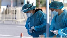 Σύρος: Συνεχίζονται τα τεστ ταχείας διάγνωσης Covid-19
