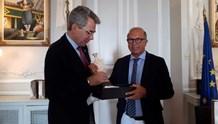 Τουρισμός και επενδύσεις στο επίκεντρο της συνάντησης του Αντιπεριφερειάρχη  Κυκλάδων με τον Αμερικανό Πρέσβη