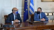 Σύρος: Ευρεία σύσκεψη Γιώργου Λεονταρίτη με τον Υπουργό Ναυτιλίας