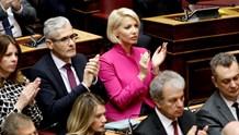 Η Κατερίνα Μονογυιού ανταποκρίθηκε στο κάλεσμα του Πρωθυπουργού για το 50% της βουλευτικής αποζημίωσης
