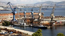 Τα ναυπηγεία της Ελευσίνας περνούν στην Onex