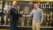 Ο επικεφαλής προπονητής της ΑΕΚ ΒC ACADEMY – DRAGAN SAKOTA Νάκης Μουρατίδης στην Σύρο