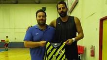 Στον Άρη Σύρου ο Μάκης Νικολαΐδης!!!
