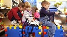Νάξος: Καλοκαιρινή Φύλαξη Παιδιών με Δημιουργική Απασχόληση