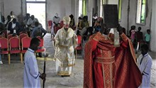 H Κυριακή των Βαΐων στον υπό ανέγερσιν Ιερό Ενοριακό Ναό Αγίας Φωτεινής
