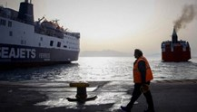 Ακτοπλοΐα: Έκθεση για τα προβλήματα στα λιμάνια των Κυκλάδων