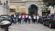 Κινητοποιήσεις εκπαιδευτικών: Πορεία στο κέντρο της Ερμούπολης κατά της αξιολόγησης