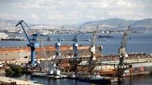 Κίνηση-ματ από ΟΝΕΧ και ΕΒΕΠ για τα ναυπηγεία Σκαραμαγκά-Ελευσίνας-Σύρου
