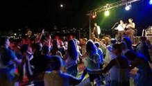 Συναυλίες μόνον καθιστοί και στο 50% της πληρότητας