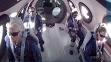Ο Ρίτσαρντ Μπράνσον πέταξε... στο Διάστημα