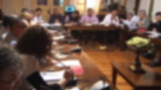 Ποιος δημοτικός σύμβουλος αμφισβητεί την αποχώρηση Δεκαβάλλα;