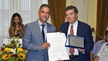 Ο Δήμος Σύρου-Ερμούπολης, ανακήρυξε Επίτιμο Δημότη Σύρου, τον εφοπλιστή, Αθανάσιο Μαρτίνο