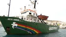 Eιρηνική διαμαρτυρία των ψαράδων της Σύρου κατά της Greenpeace